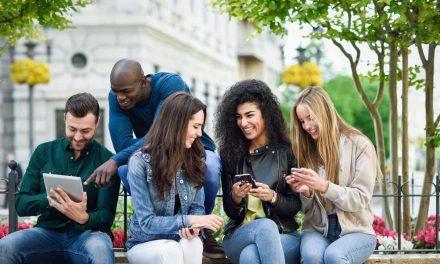 Gamificación y dispositivos móviles para crear test participativos en línea